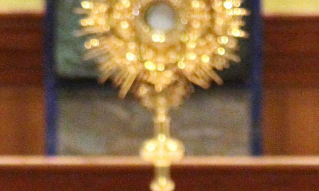 Use Prayer for Spiritual Communion When Watching Mass Online